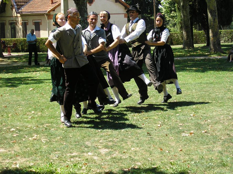 Festival-2006-Alsace danseurs