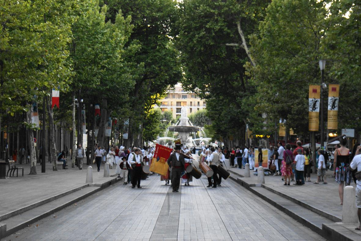 Festival-2009-Defile-Cours Mirabeau
