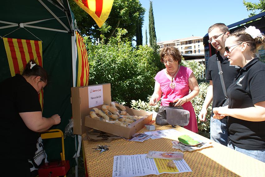 Vente du pain de la St Jean